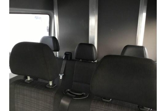 Mercedes Sprinter 313 CDI 2.1 TD MWB Dualliner/Crew Van - 2015 15 Reg - Image 4 of 5