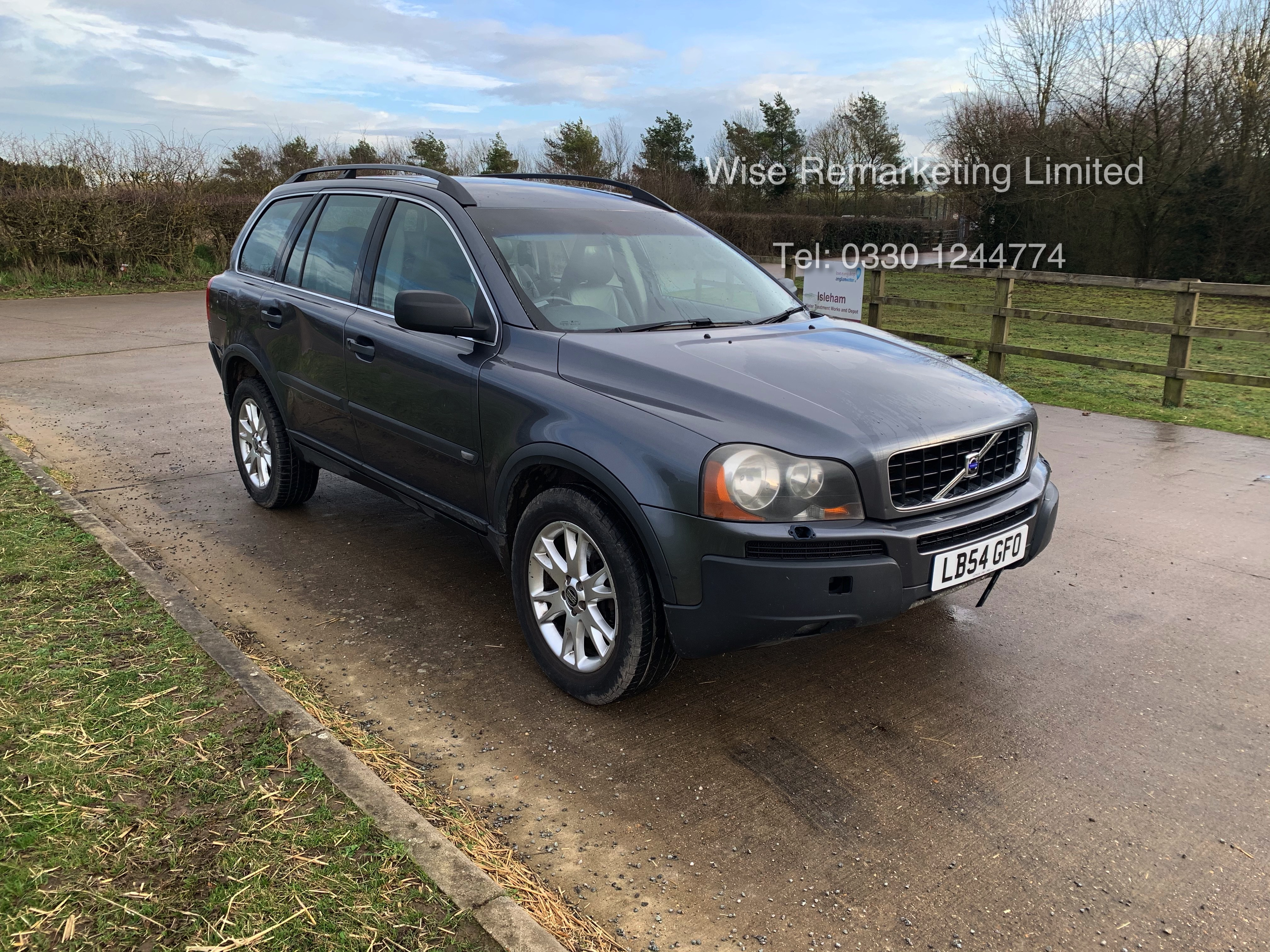 Volvo XC90 D5 2.4 Special Equipment Auto - 2005 Model - 7 Seater - Full Leather -