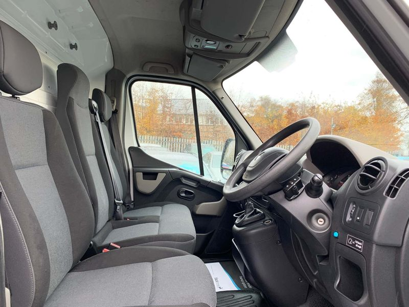 Reserve Met Renault Master 2.3 DCI 125 BHP Business Edition - 2017 Model - 6 Speed - Ulez Compliant - Image 5 of 5