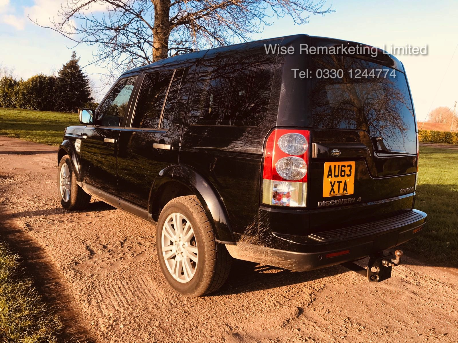 (RESERVE MET) Land Rover Discovery GS 3.0 SDV6 Auto - 2014 Model - 7 Seater - 1 Owner From New - Image 4 of 21
