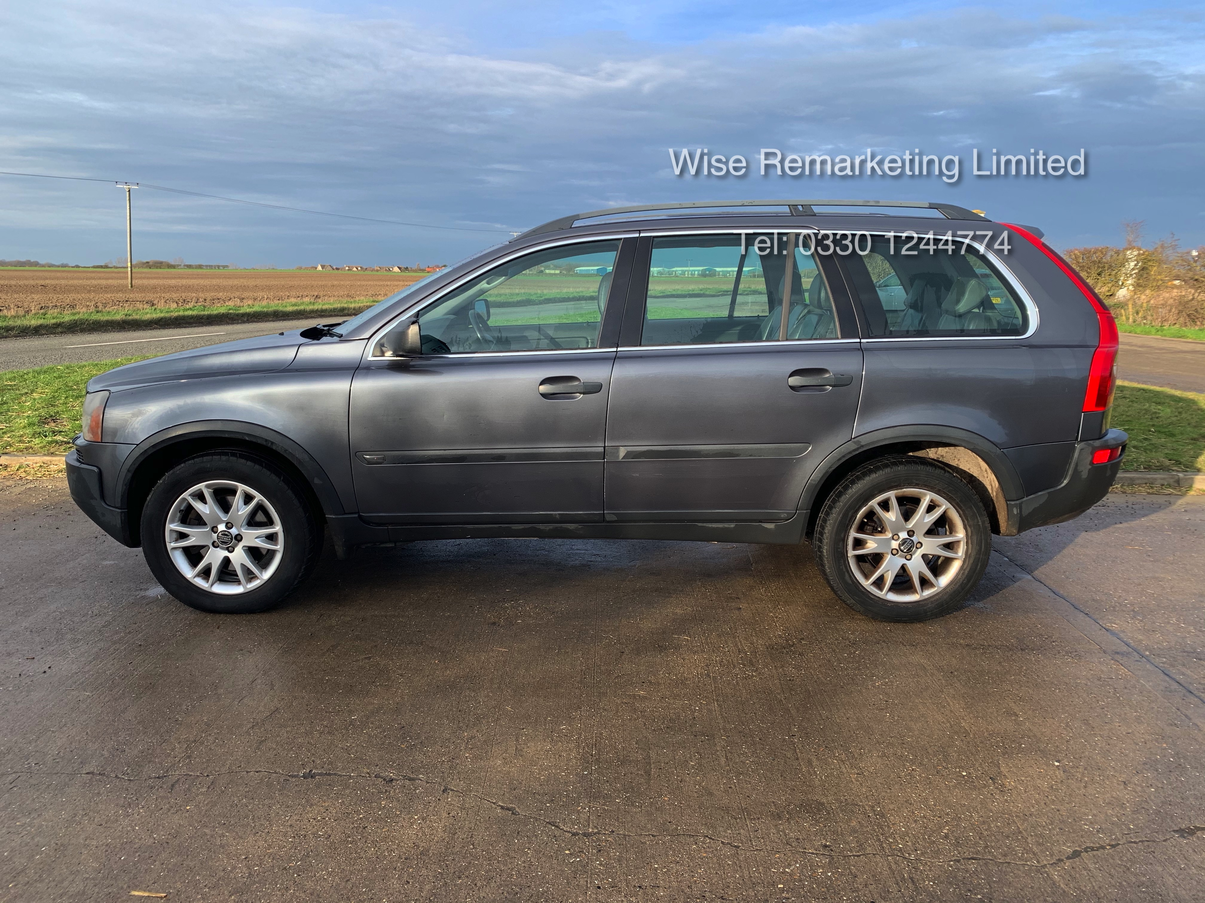 Volvo XC90 D5 2.4 Special Equipment Auto - 2005 Model - 7 Seater - Full Leather - - Image 5 of 21