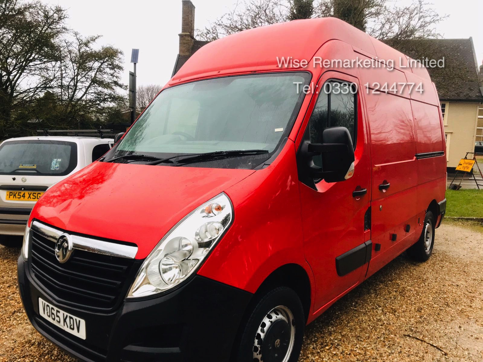 Vauxhall Movano 35 2.3 CDTi BiTurbo EcoFlex **HIGH ROOF** 2016 Model - AIr con - 1 Owner - RARE - Image 2 of 21