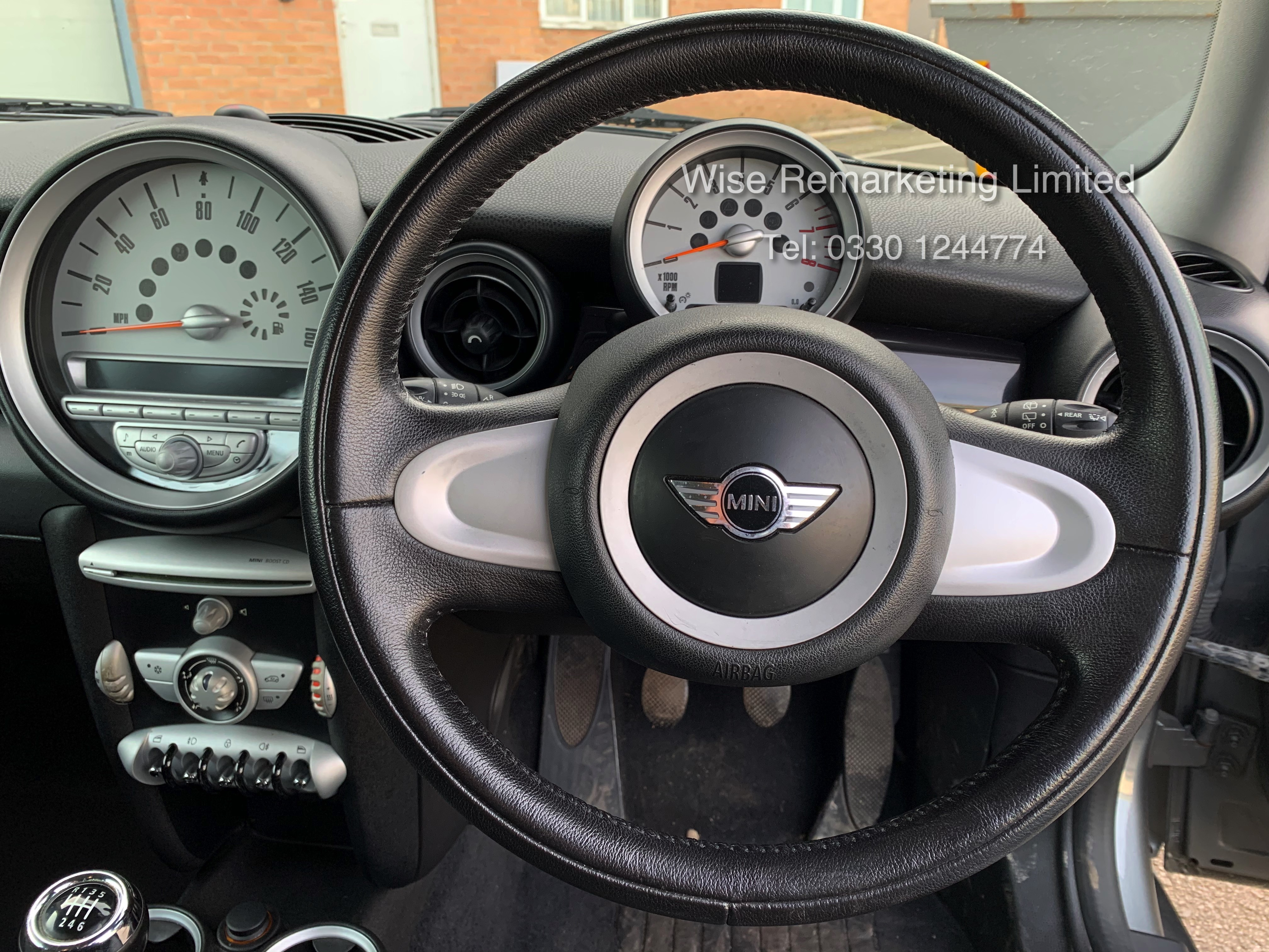 (RESERVE MET) Mini One Graphite 1.4 Petrol - 2010 Model - Service History - 6 Speed - Air Con - - Image 16 of 19