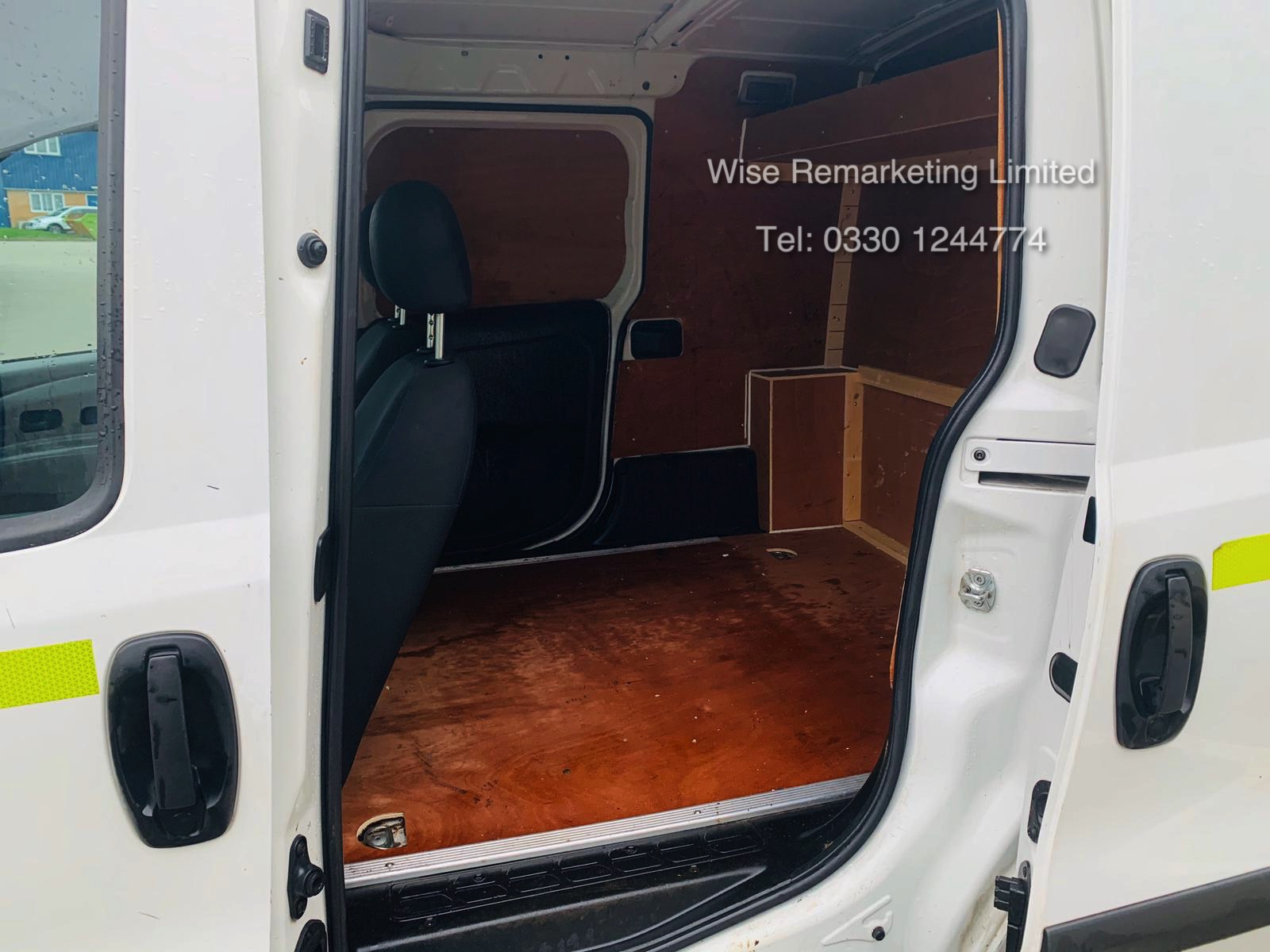 Vauxhall Combo 2300 1.6 CDTI Long - 2016 Model - 1 Keeper From New - Twin Doors - Ply Lined - Image 10 of 21