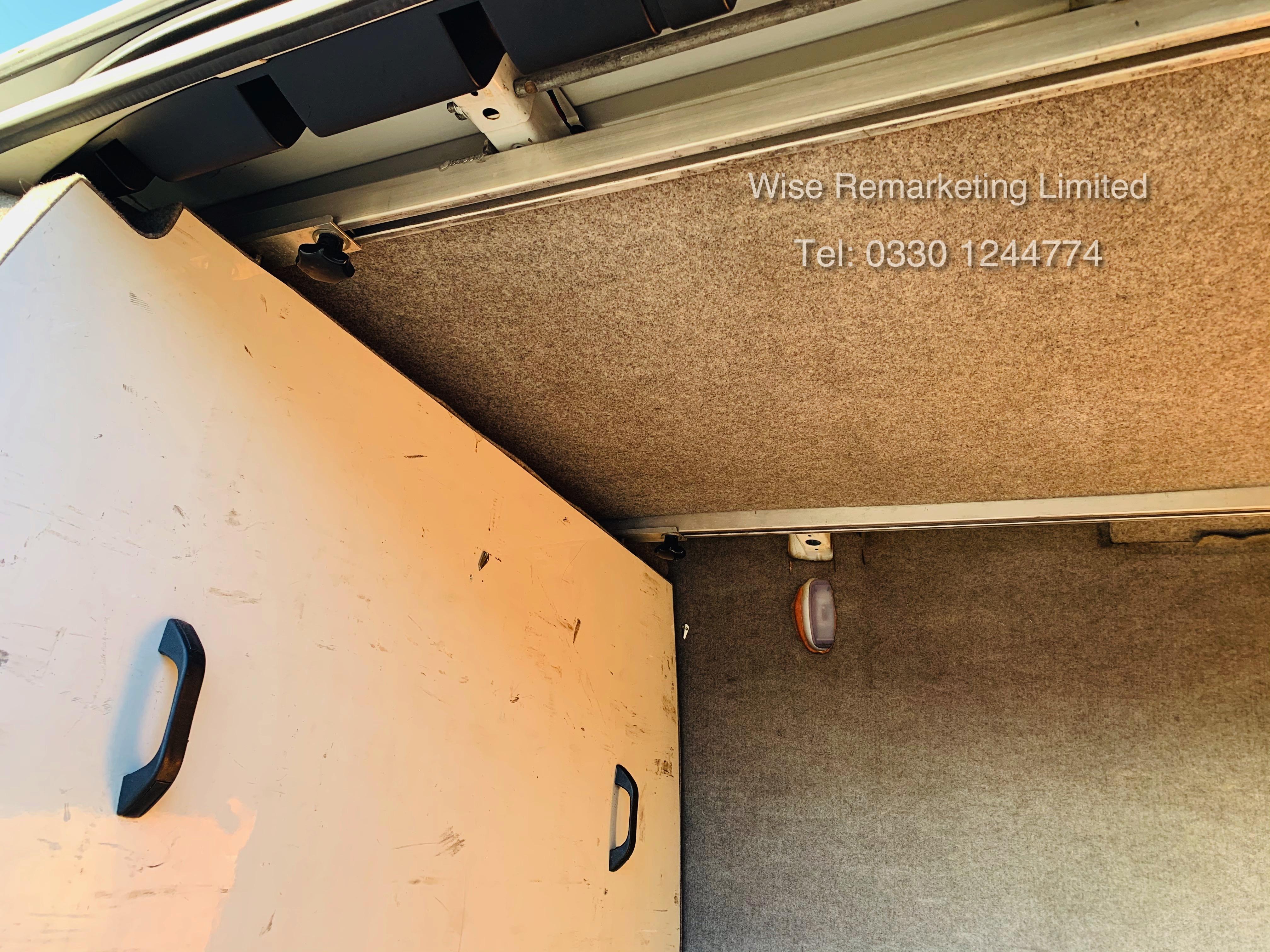 (RESERVE MET) Mercedes Sprinter 316 2.1 CDI Long Wheel Base High Roof Van - 2014 Model - 1 Owner - Image 8 of 19