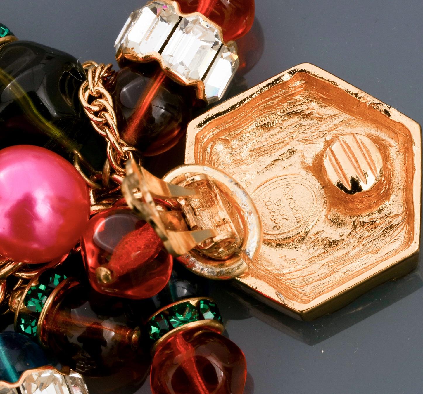 Lot : Parure collier et clips d'oreilles recouverts de cabochons colorés en pate de [...] - Bild 2 aus 2