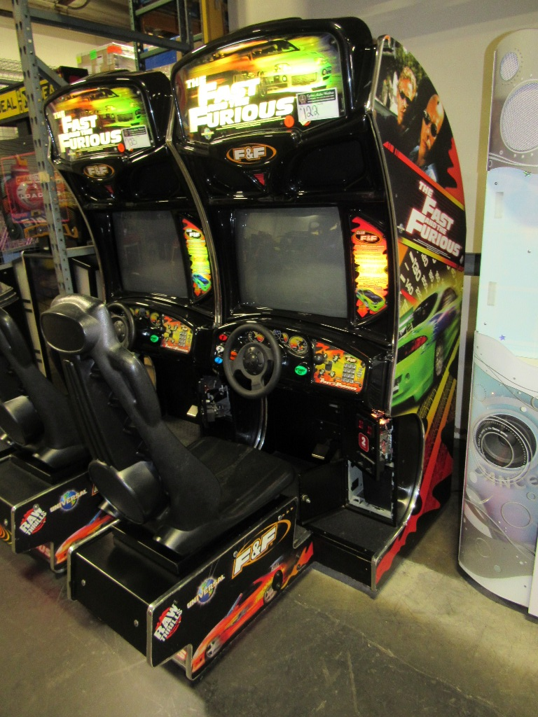 Lot 122 - FAST & FURIOUS DEDICATED RACING ARCADE GAME