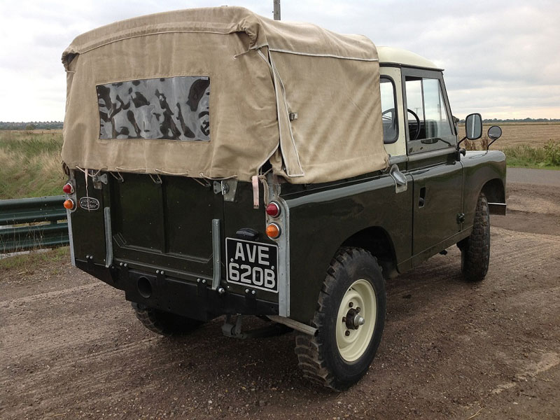 Lot 4 - - Restored on a new chassis in 2014