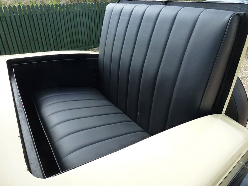 Lot 46 - - California car restored in USA- 8 cylinder 3945cc engine- Rumble seat to rear compartment