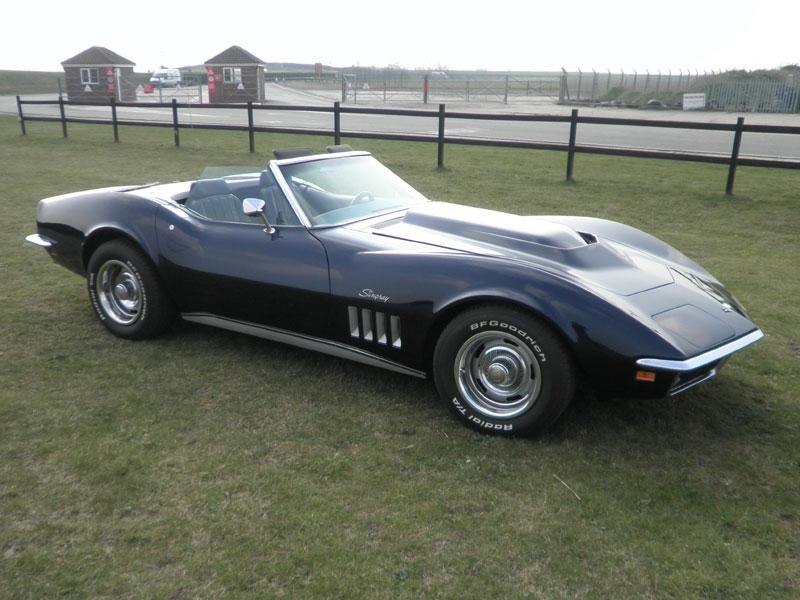 Lot 35 - 1969 Chevrolet Corvette Stingray Convertible
