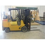 HYSTER PROPANE LIFT TRUCK, 8,000 LBS CAP. SIDE-SHIFT, HARD TIRES, 172'' HEIGHT, C/W EXTENSION FORKS