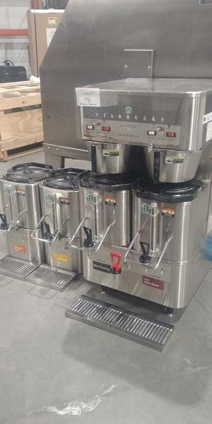 Lot 46 - Grindmaster Coffee Brewing System - Model P400EST - with 4 Satellites and 2 Warming Stations