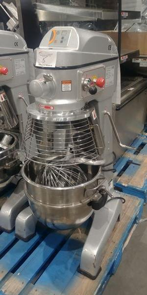 Lot 5 - Axis 30 Quart Mixer with 3 Attachments and Bowl Guard
