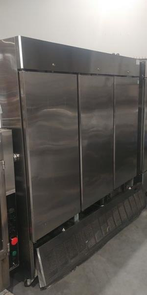 Lot 41 - Masterbilt 3 Door Stainless Steel Upright Freezer - Note: Front Cover Badly Damaged