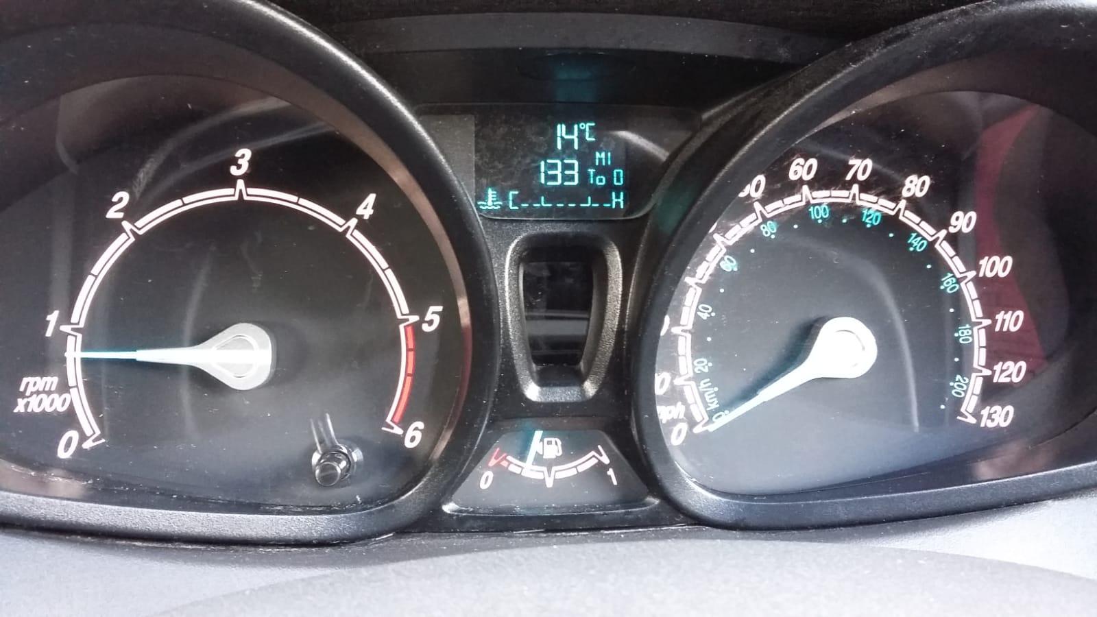 Lot 93 - 2015/15 REG FORD FIESTA ECONETIC TECH TDCI 1.6 DIESEL CAR DERIVED VAN, SHOWING 0 FORMER KEEPERS