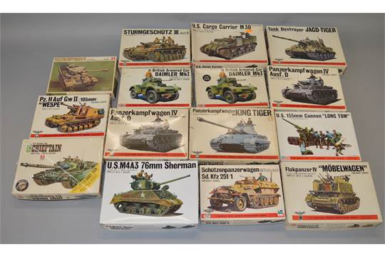 15 x Bandai 1:48 scale military model kits  Viewing recommended