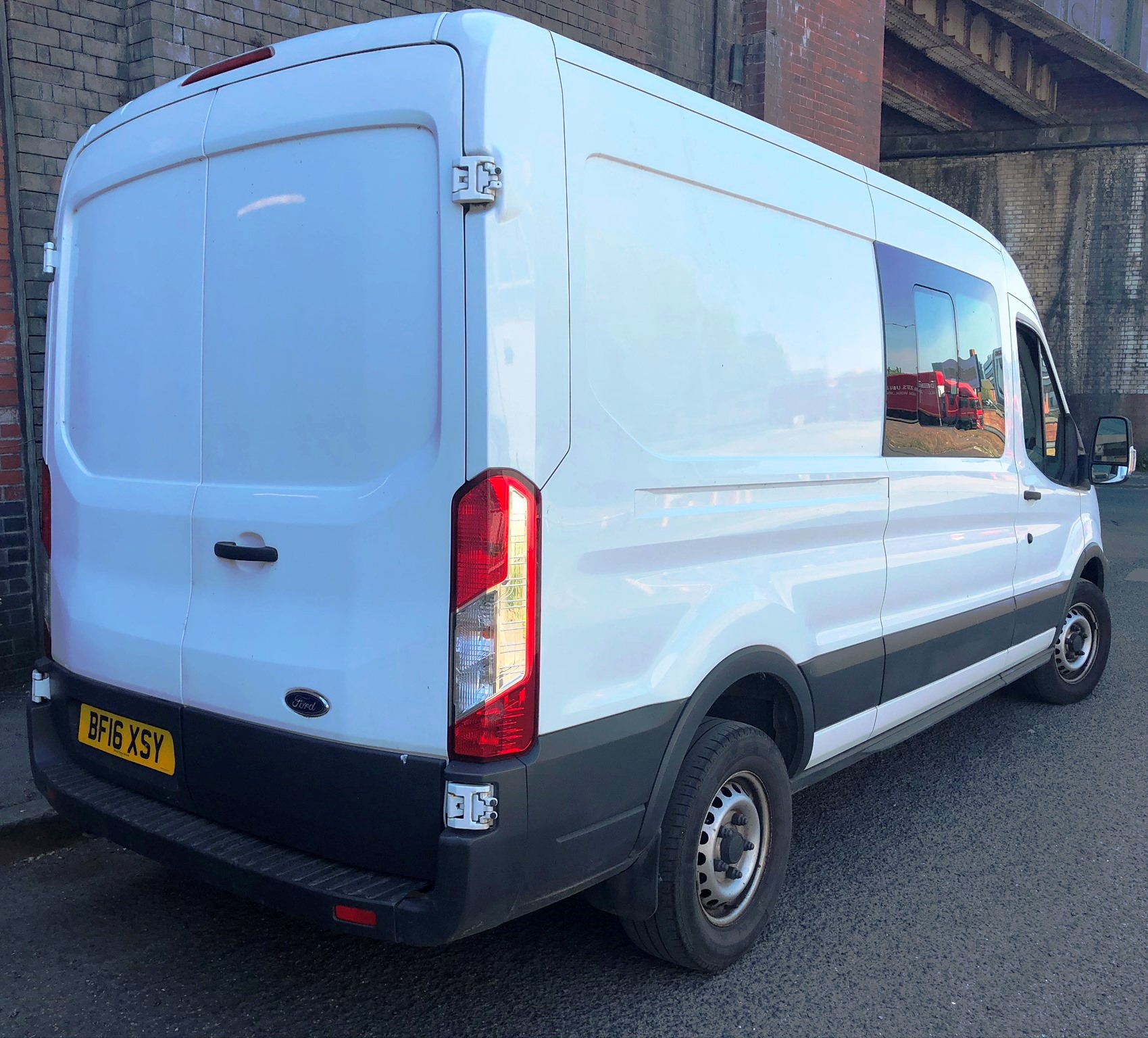White Ford Transit 350 Econetic Tech Panel Van | Reg: BF16 XSY| 7 Seater | Mileage: 46,808 - Image 5 of 9