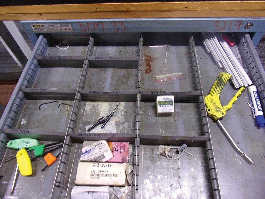 (2) VIDMAR CABINETS W/ ER25 COLLETS - Image 3 of 4