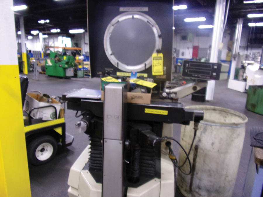 O.G.P. 14'' OPTICAL COMPARATOR, MODEL XL-815, (2) BOXES OF WORKHOLDING, S/N XL8150226