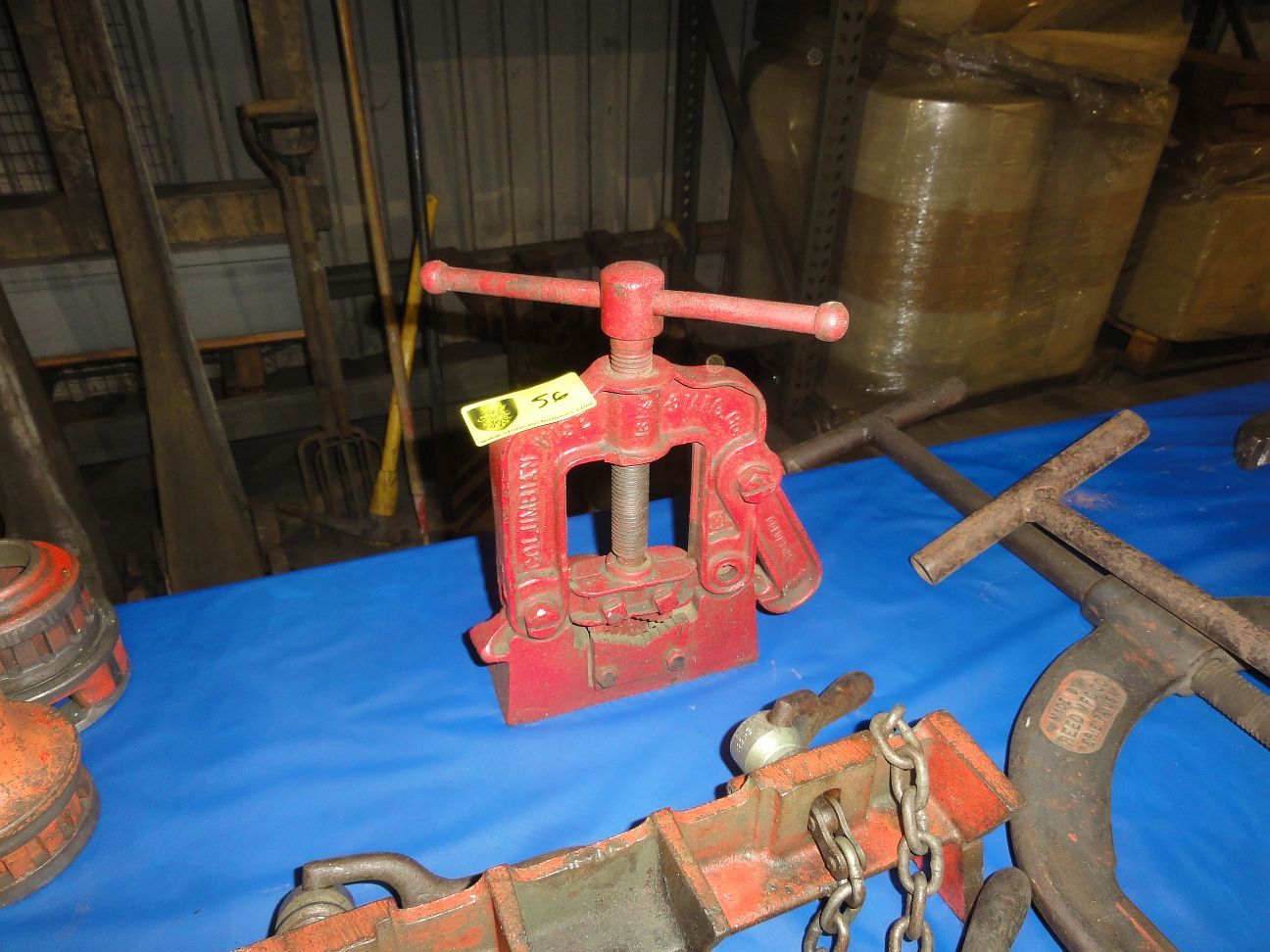 Lot 56 - Pipe Vise