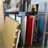 Lot: Aluminum and Corrigated Plastic and Rack
