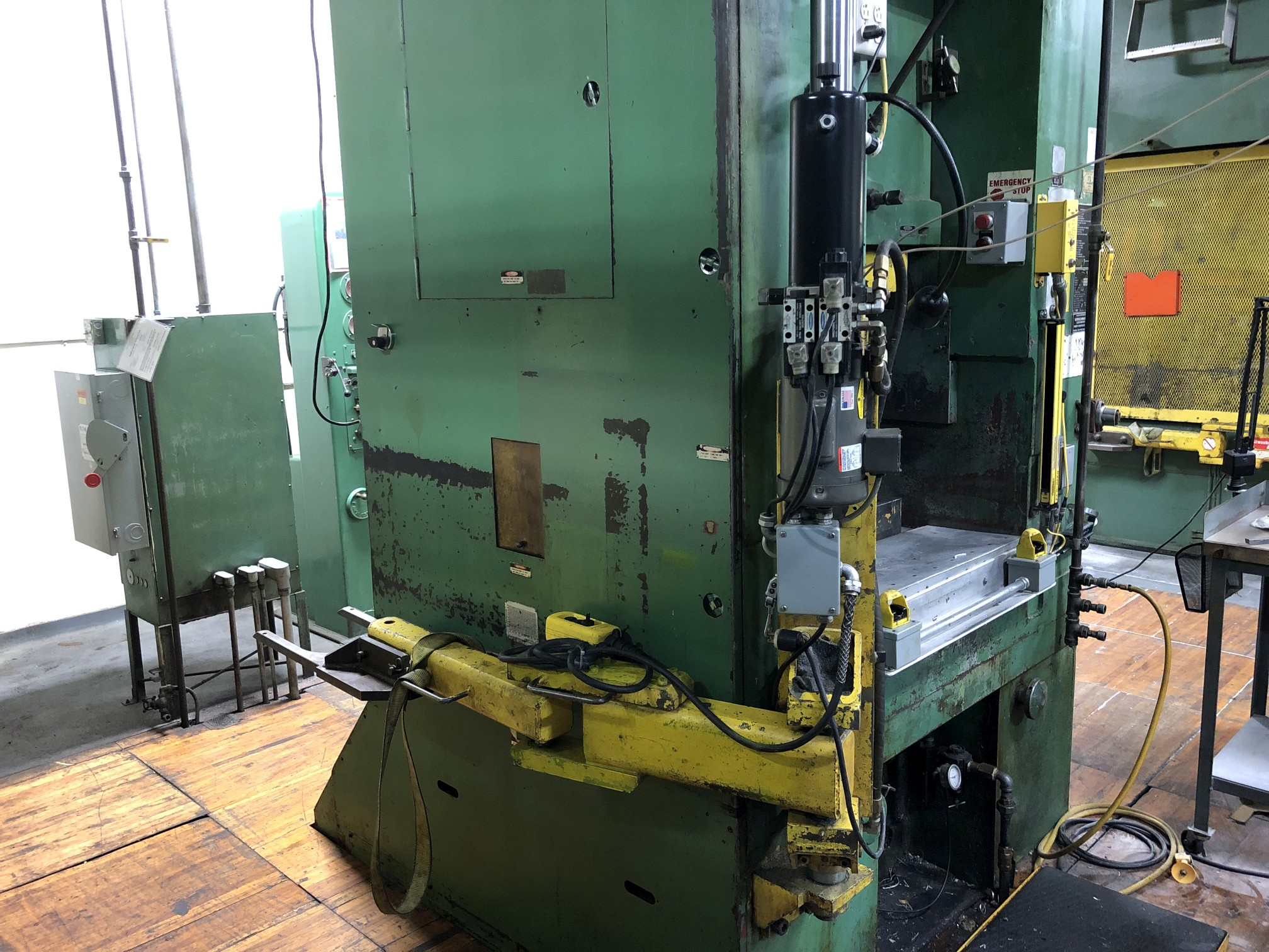 800 Ton Komatsu Maypress Knuckle Joint Press - Image 12 of 18