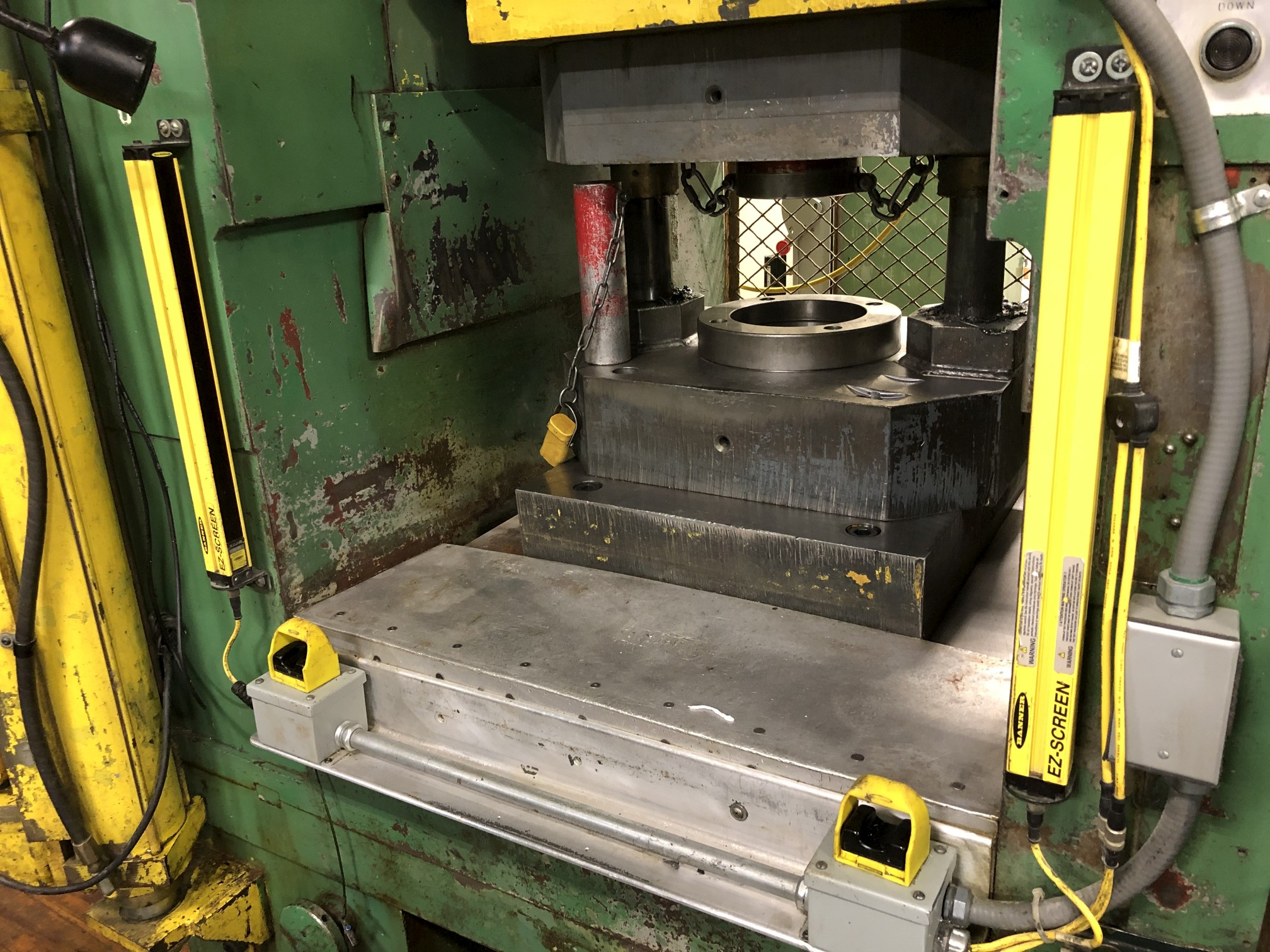 800 Ton Komatsu Maypress Knuckle Joint Press - Image 5 of 18