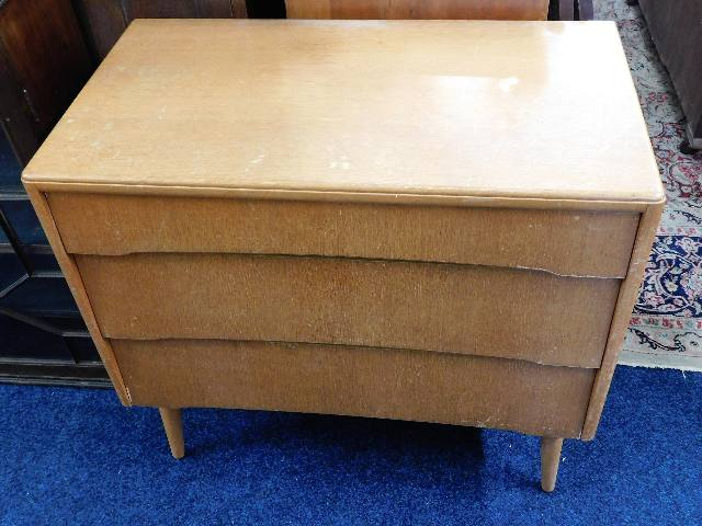 Lot 50 - A 1950's retro chest of drawers