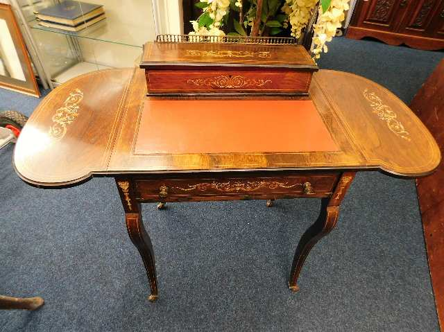 Lot 42 - An elegant mid Victorian ladies writing desk with