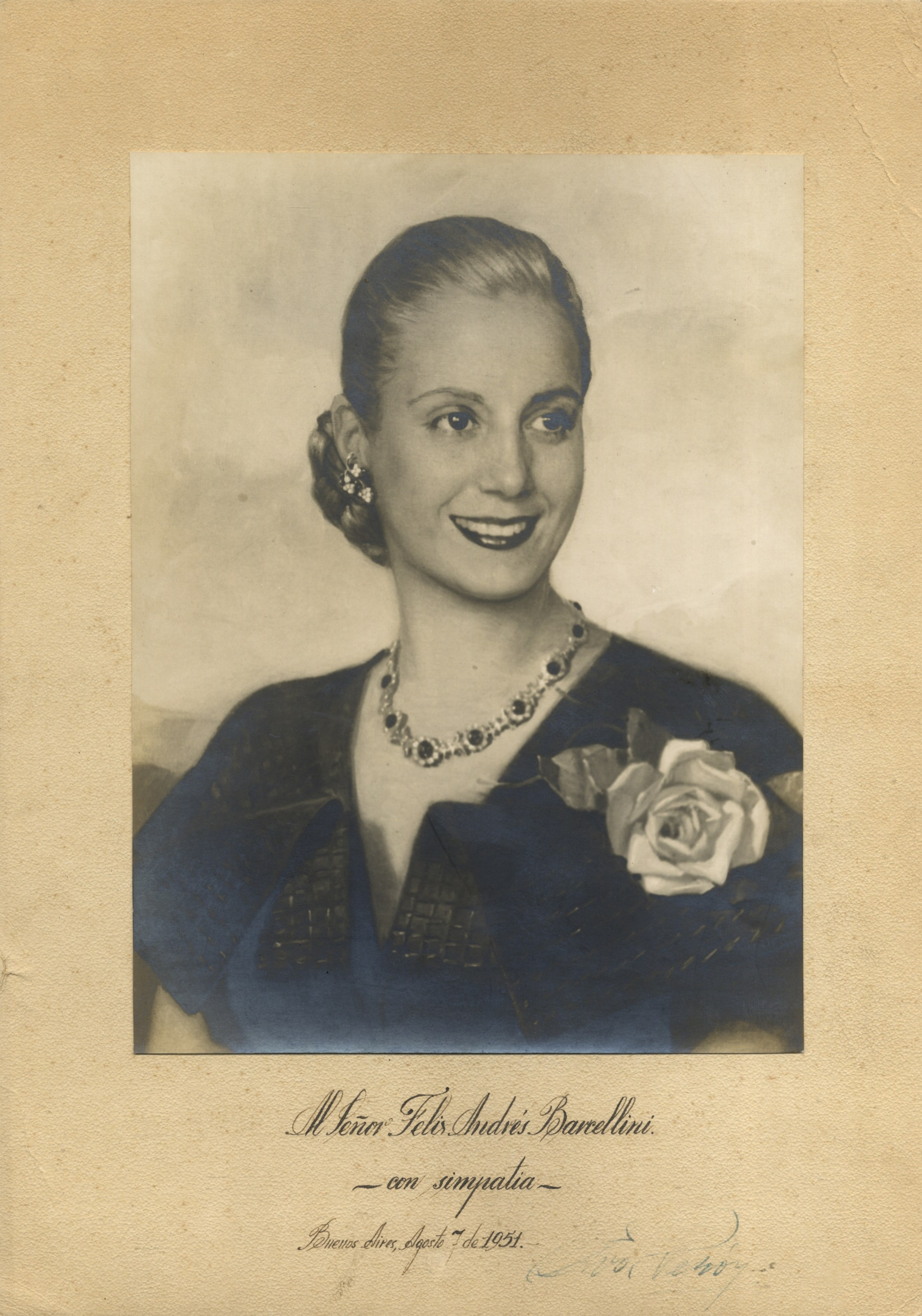 a biography of eva peron the first lady of argentina Eva peron used her position as the first lady of argentina she set up the foundation, fundacion maria eva duarte de peron on july 8, 1948, with seed money of 10,000 pesos to lend help to orphans and needy in the country the foundation grew within a short time and employed over 14,000 workers.