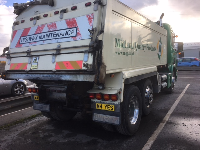 2006 (Jan) SCANIA 6 x 2 rigid TIPPER, 24,500kg gross, 8970cc, insulated tipper body with sheeting - Image 5 of 7