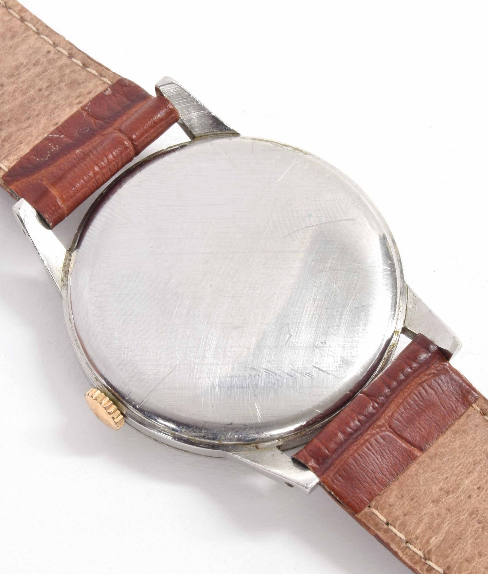 Lot 21 - Omega oversized stainless steel gentleman's wristwatch, ref. 2272, circa late 1940s, serial no.