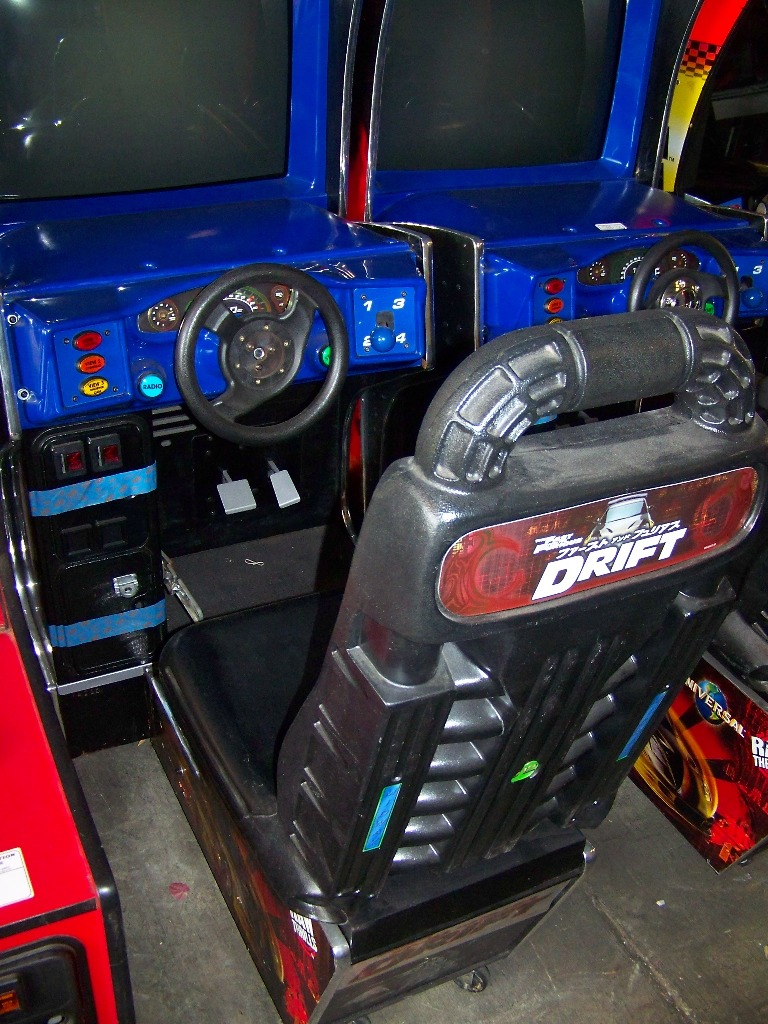 """DRIFT FAST & FURIOUS 31"""" DX RACING ARCADE GAME - Image 4 of 4"""
