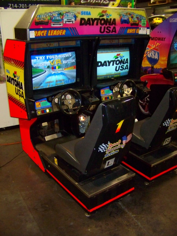 DAYTONA USA TWIN DRIVER ARCADE GAME SEGA - Image 5 of 6