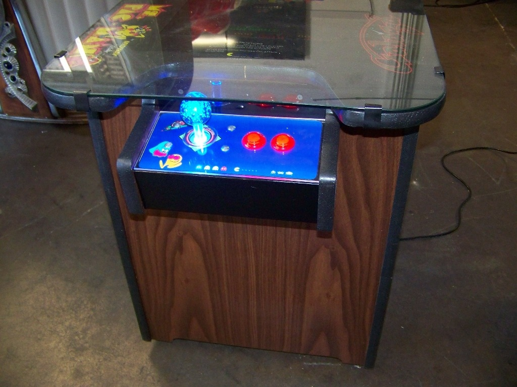 Check pictures for details. NOTE: NEW CABINET. LCD MONITOR 60 CLASSIC GAMES IN 1 LIGHTED JOY - Image 4 of 4