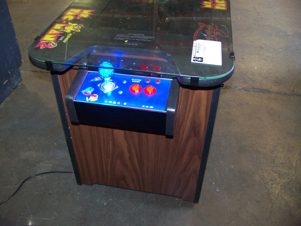 Check pictures for details. NOTE: NEW CABINET. LCD MONITOR 60 CLASSIC GAMES IN 1 LIGHTED JOY - Image 3 of 4
