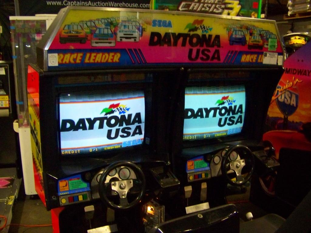 DAYTONA USA TWIN DRIVER ARCADE GAME SEGA - Image 6 of 6
