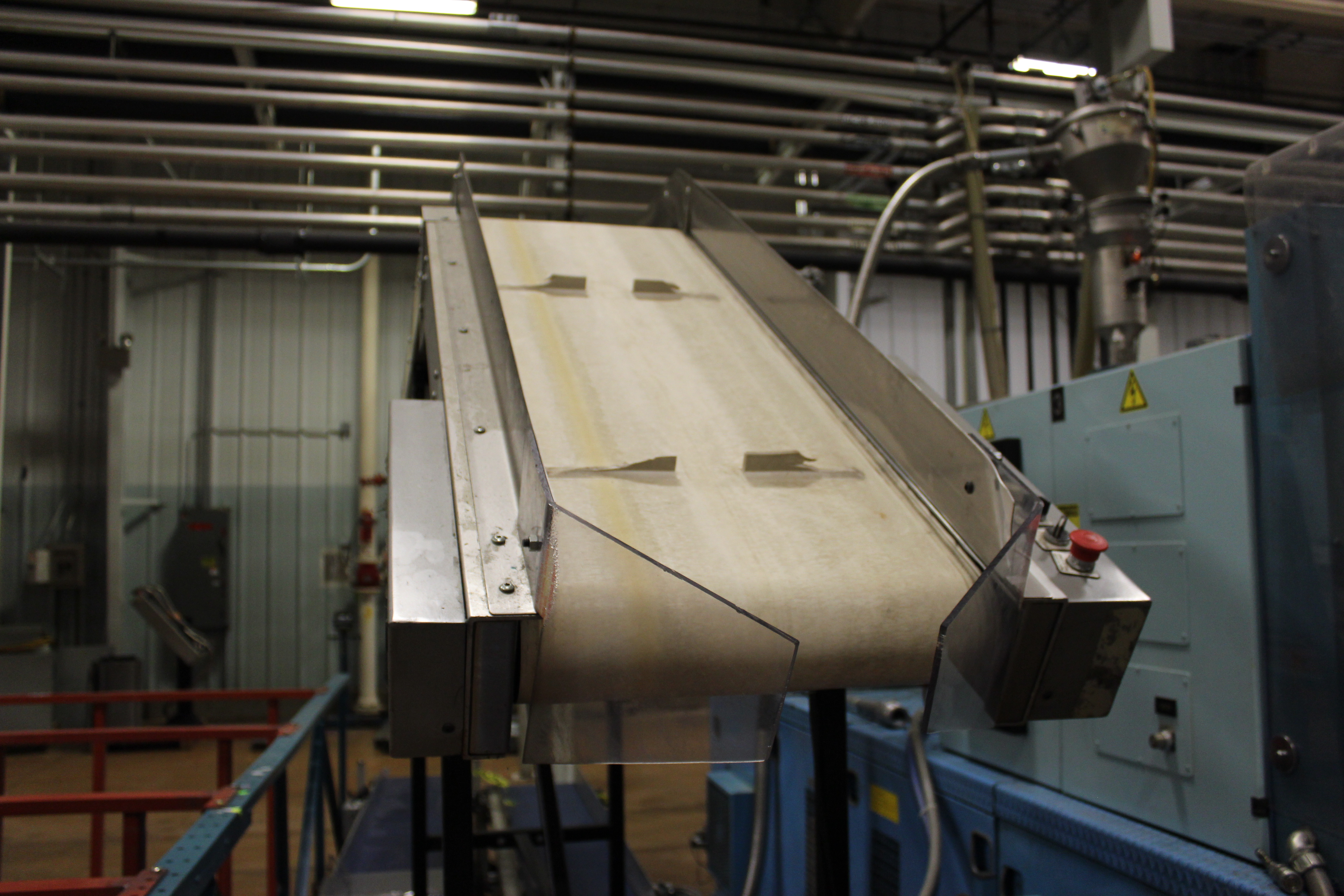 "LaRos 17"" x 12' Cleated Belt Conveyor - Image 2 of 2"