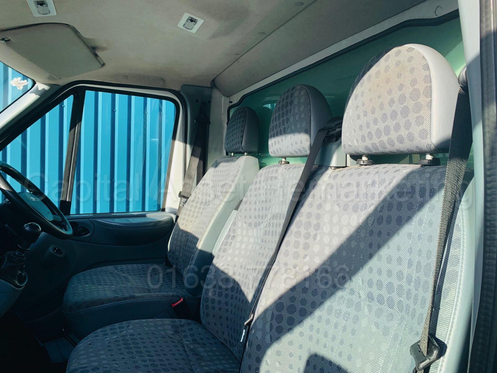Lot 40 - (On Sale) FORD TRANSIT T350L *LWB -LUTON/BOX VAN* (61 REG) '2.4 TDCI - 6 SPEED' *TAIL-LIFT* (NO VAT)