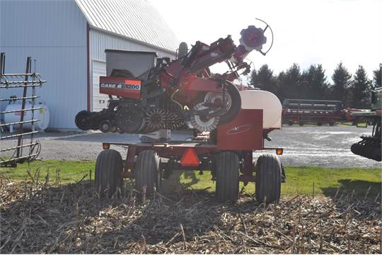 Case Ih 1200 12 Row X 30 Quot Planter Liquid 2x2 Fertilizer