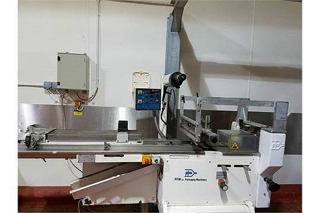 Lot 51 - PFM-30 horizontal flow pack packaging machine suitable packaging materials laminated, bonded or