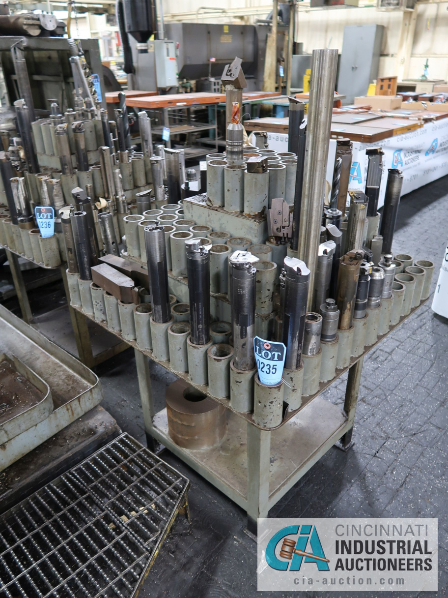 Lot 235 - (LOT) ASSORTED BORING BARS WITH HOLDER
