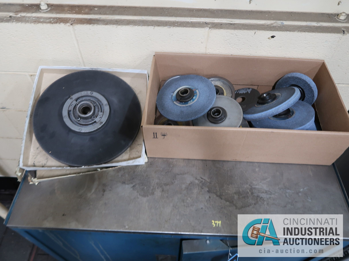 Lot 377 - (LOT) GRINDING WHEELS WITH CABINETS