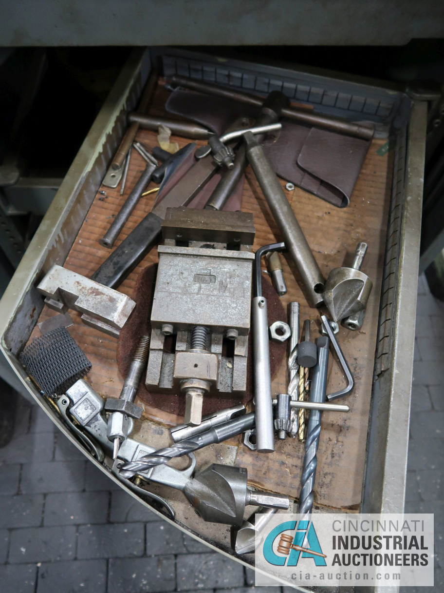 Lot 200 - BRANCH HAND TAPPER WITH CABINET AND ACCESSORIES