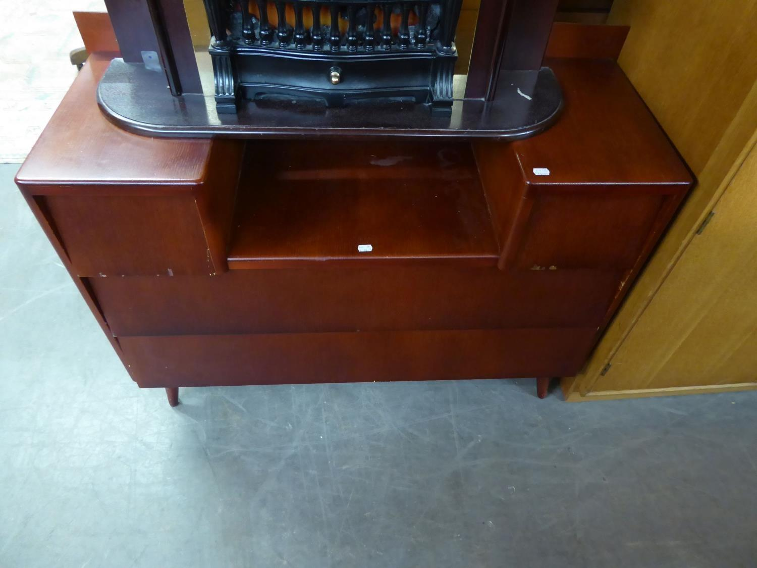 A PAIR OF 1950's LIGHT OAK TWO DOOR WARDROBES AND A SUNK CENTRE DRESSING TABLE (LACKS MIRRORS (3) - Image 2 of 2