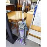 VAX AIR-REACH BAGLESS UPRIGHT VACUUM CLEANER