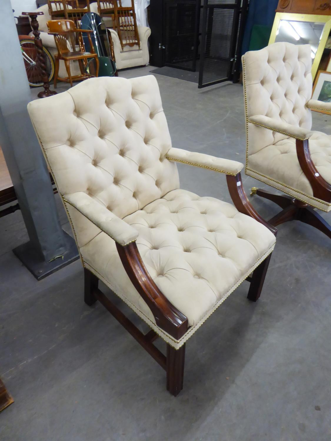 *BEVAN FUNNELL GEORGE III STYLE MAHOGANY OPEN ARMCHAIR, THE YOKE TOPPED BUTTON UPHOLSTERD SQUARE