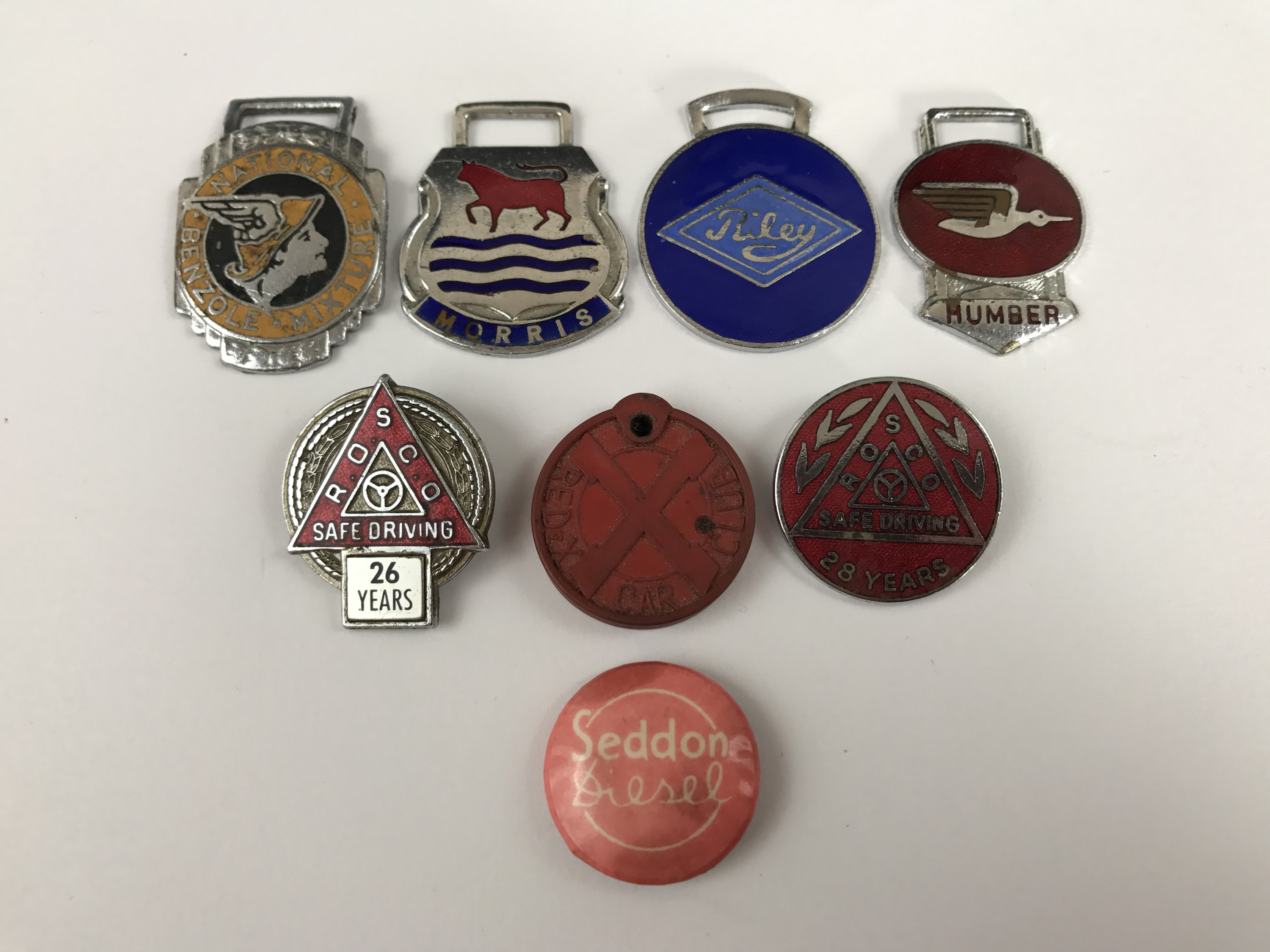 Lot 17 - [Motor Car / Automotive] Vintage enamelled and other club and association badges and fobs