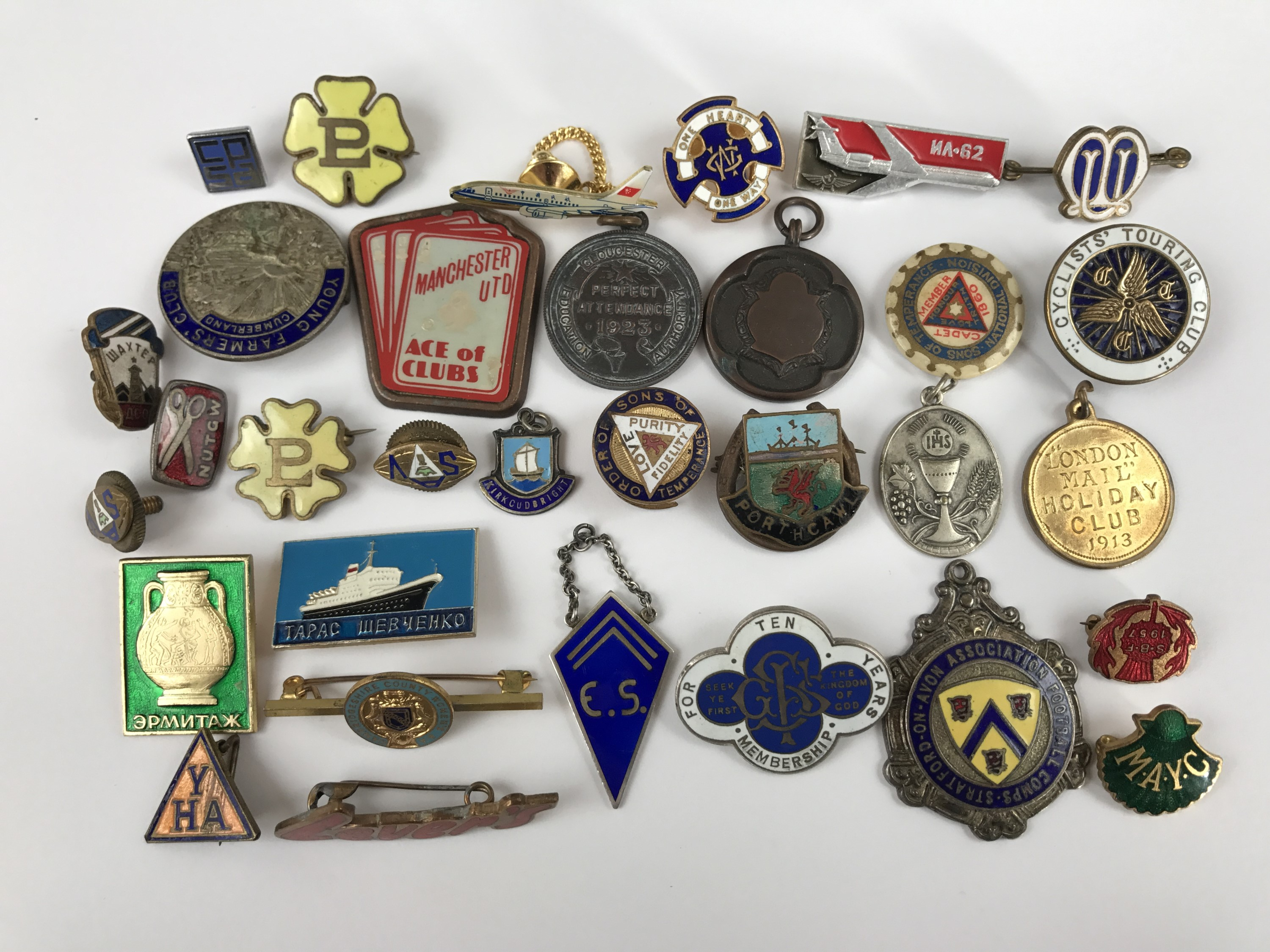 Lot 14 - Vintage enamelled and other club and association badges and medallions, including a 1913 London Mail
