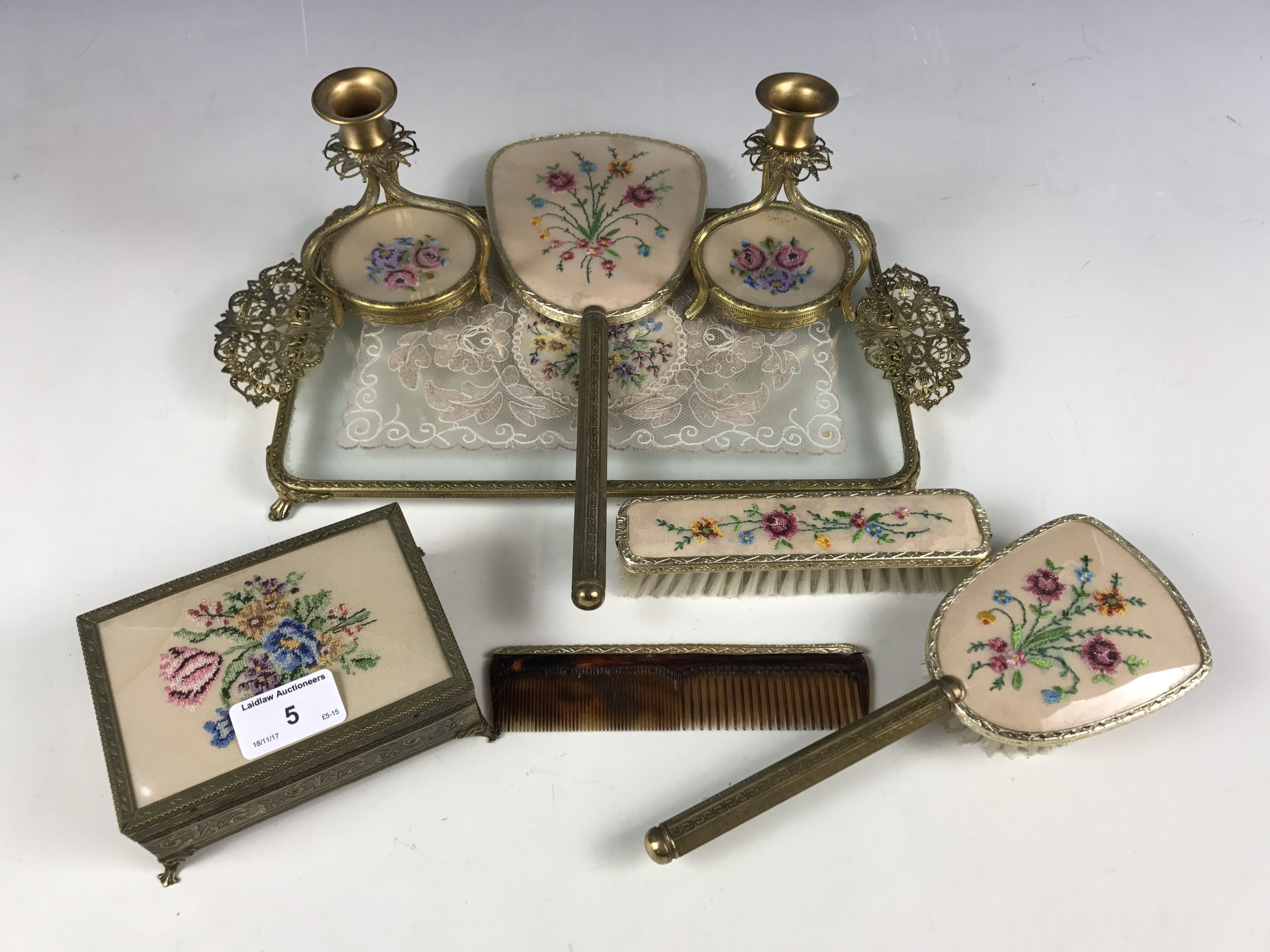 Lot 5 - A 1940's dressing table set